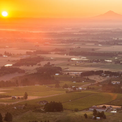 Shopping and Attractions Near Amity Oregon