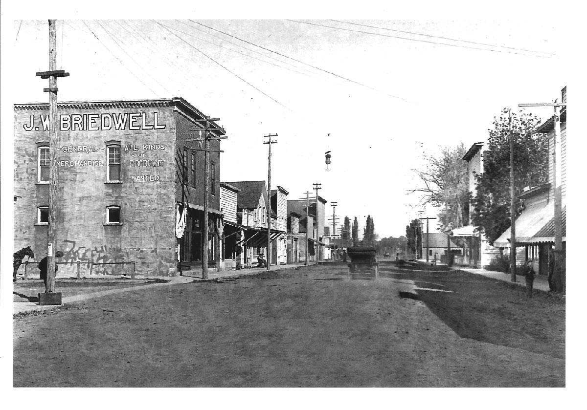 1900 Amity